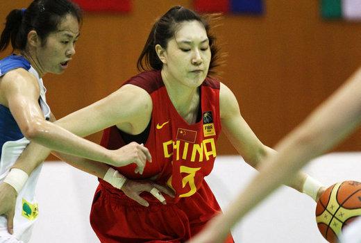 中华台北队中2个人得分上双.3分球方面中国女篮8投2中,而中高清图片