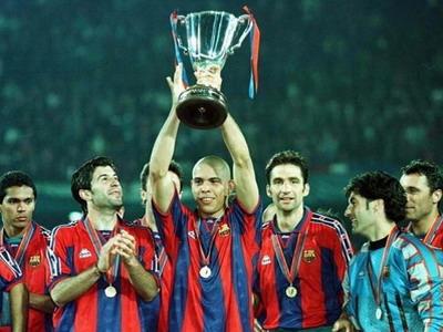 1997年,由博比·罗布森执教的巴塞罗那队在决赛中1-0击败巴黎圣日尔曼