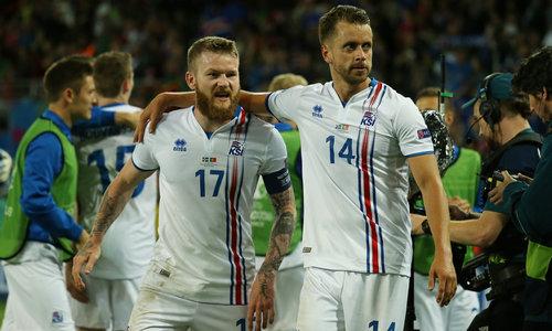 上次是2010年欧冠,冰岛战胜巴萨.此话怎讲?