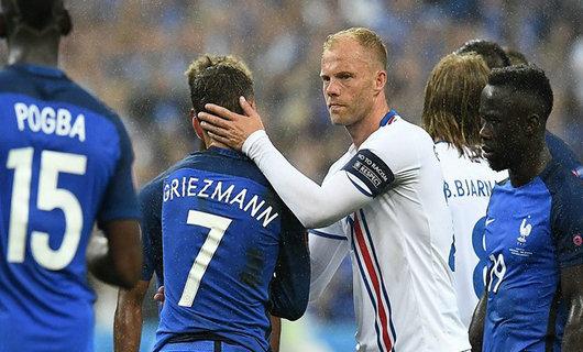 本次俄罗斯世界杯预选赛,冰岛队小组10战拿到了7胜1平2负战绩,最终力