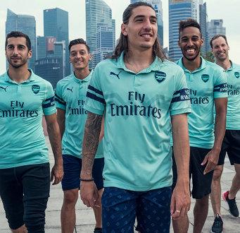 官方:阿森纳发布新赛季第三套球衣